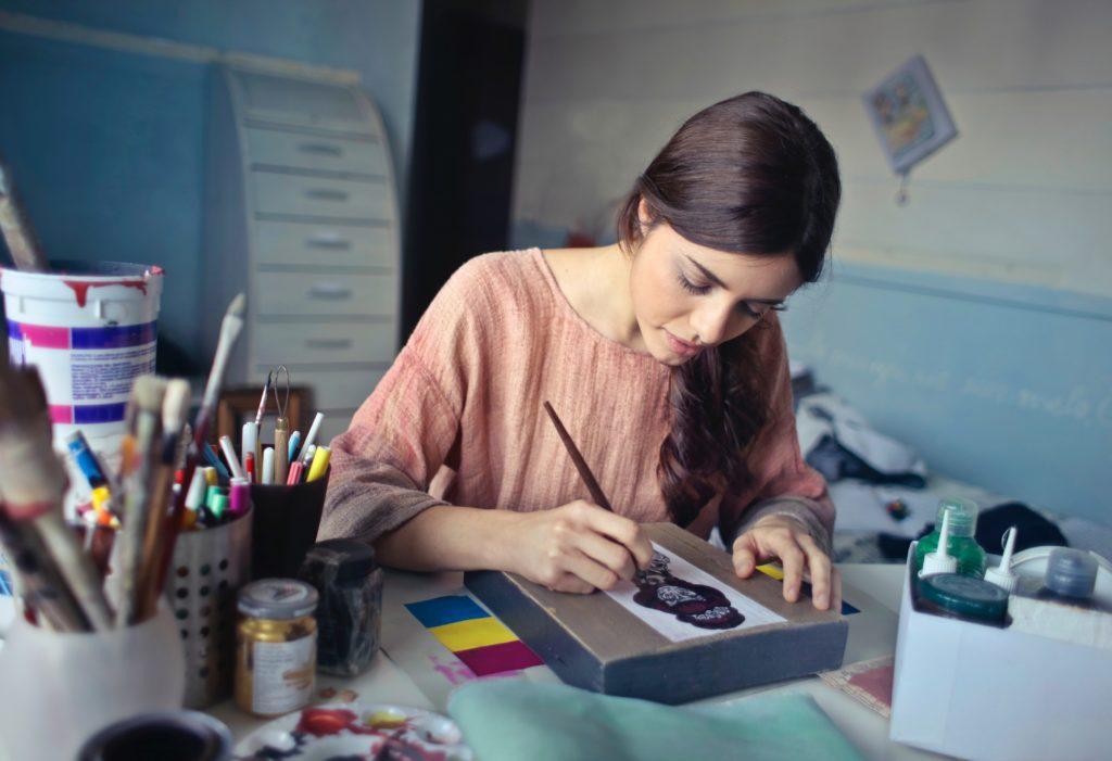 シングルマザーがお金を貯めるためには?ブログを書いて毎月の貯金を増やす方法!