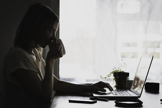 シングルマザーで仕事ないなら在宅ワークをオススメする理由