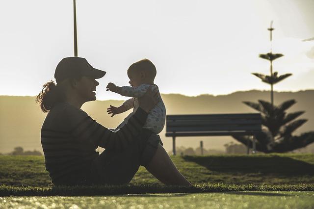 シングルマザーの孤独感を解消!人生を楽しく強く生きる方法!
